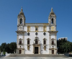 Igreja do Carmo Church by Marc Ryckaer@wikimedia.org