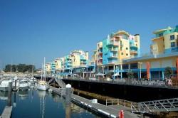 Albufeira Marina by Steven Fruitsmaak @Wikimedia.org