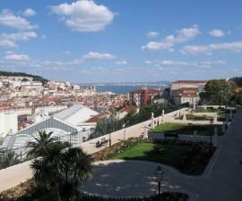 Lisbon - Viewpoints - Miradouro Sao Pedro Alcantara by Correia PM @Wikimedia.org