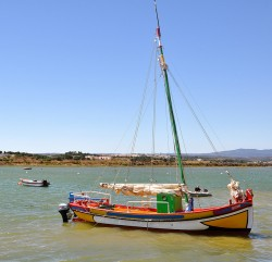 Ria de Alvor by joaoa @ flickr.com