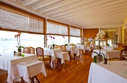 albatroz hotel cascais breakfast room