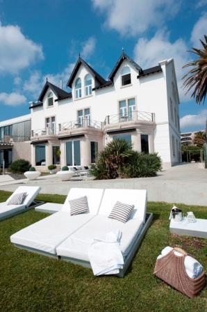 Farol design hotel hotels cascais portugal for Design hotel cascais