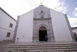 Tavira - Misericordia Church by cordeiro @ Wikimedia.org