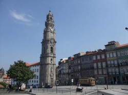 Aveiro - Day Trip to Porto- Torre dos Clerigos by Jori Avlis @Flickr