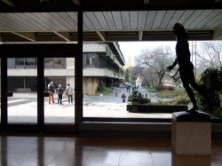 Lisbon - Calouste Gulbenkian Museum by Leon Petrosyan @Wikimedia.org