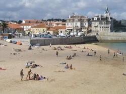 Lisbon - Cascais Beach by Osvaldo Gago @Wikimedia.org