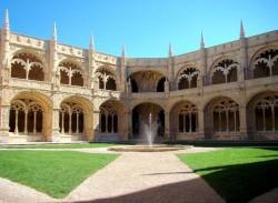 Lisbon - Jeronimos Monastery by Lacobrigo @Wikimedia.org
