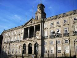 Porto - Palacio da Bolsa by Manuel de Sousa @Wikimedia.org